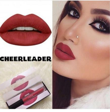 huda beauty cheerleader
